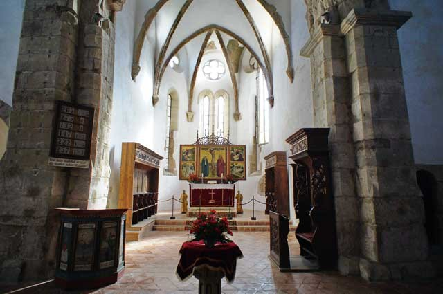 fortified churches day trip from brasov