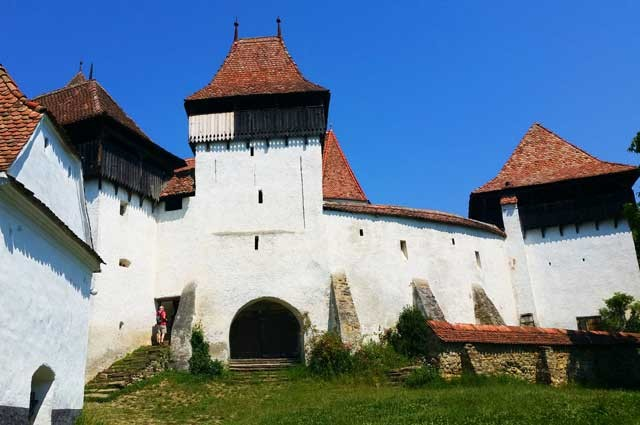 Fortified churches tour